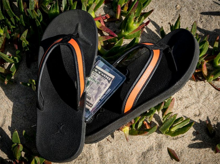 Patented-Reef-stash-flip-flop-sandals-Slotflop